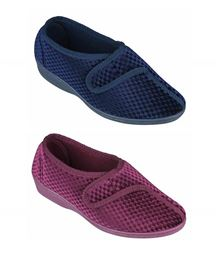 Lotus Velcro Slipper