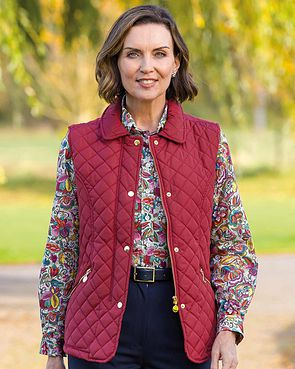 Quilted Gilet - Berry
